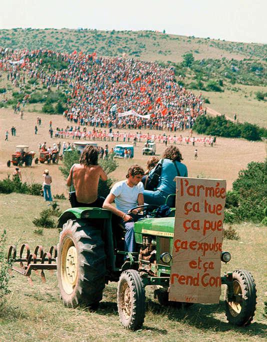 De 50 000 à 100 000 personnes étaient rassemblées en souvenir des luttes du Larzac, en 2003.