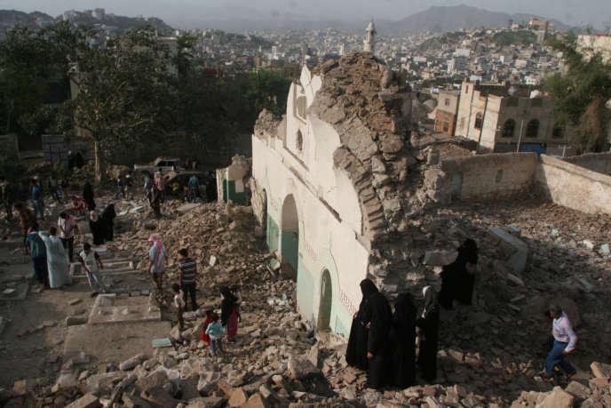 Les ruinesde la mosquée soufiede Taëz, le 30juillet.