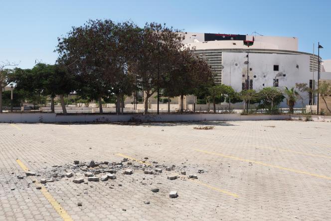 Syrte, le 24 août. À l'intérieur du complexe de Ouagadougou repris à l'EI par les forces alliées pro-GNA au début du mois d'août.