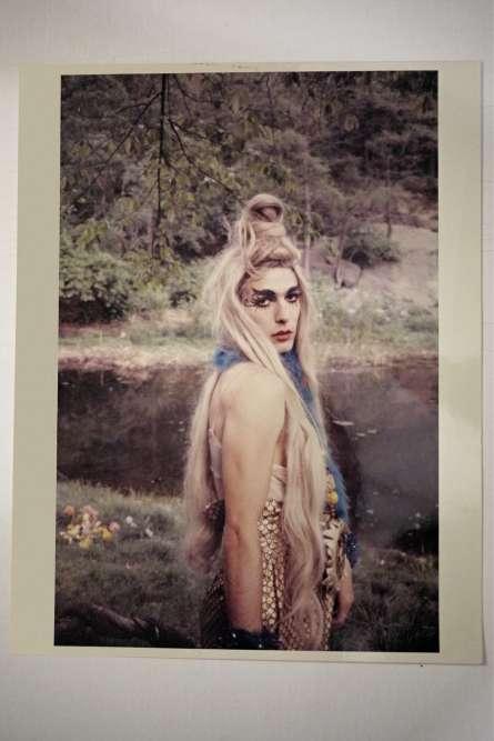 Stephen Tashjian, plasticien et figure de la nuit sou le nom de Tabboo ! dans le New York des années 1980, ressort ses cartons pour « M ». Ici,«J. Foley», photo extraite du film «Beauty & the Beast», 1984.