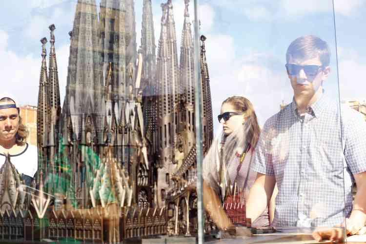 Il faut s'armer de patience pour parvenir à pénétrer dans la basilique de Gaudi.