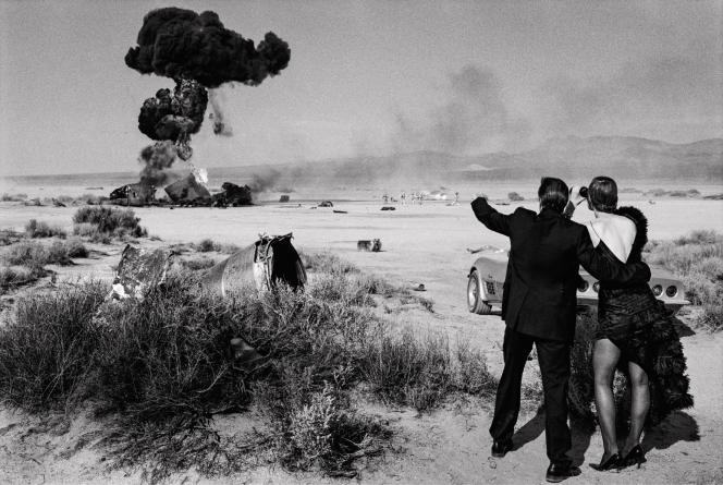 «Fred Wardand GuinevereVan Seenus,El Mirage, Californie». Photo réaliséeen 2000 pour «Vogue Italie».