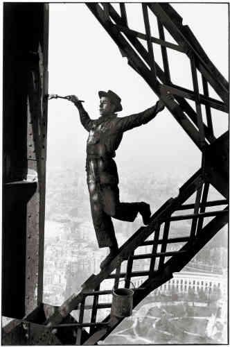 Paris, 1953 : « Le peintre, surnommé Zazou, était à son aise. J'avais le vertige et je fermais les yeux chaque fois qu'il se penchait pour tremper son pinceau.»