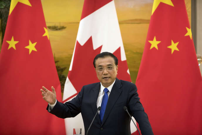 Le gouvernement doit, selon les mots du premier ministre, Li Keqiang, « remuer sans le moindre remords le couteau dans la plaie des entreprises zombies » (Photo: Li Keqiang à Pékin, le 31 août).