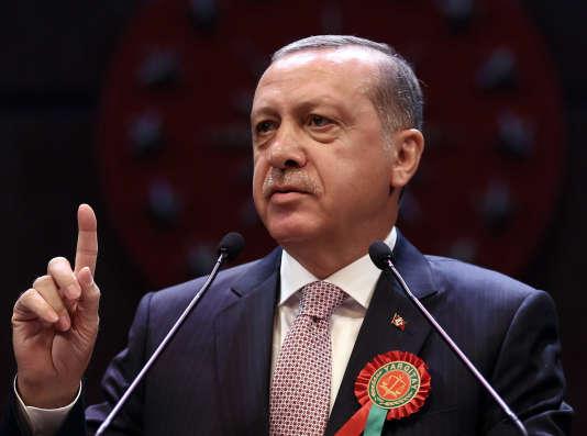 Dans la nuit du 15 au 16 juillet, une fraction de l'armée s'est soulevée tentant de renverser le pouvoir – ici le président turc Recep Erdogan, le 1er septembre.