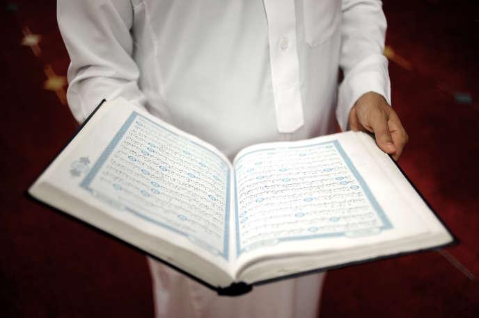 «Le regain du fondamentalisme religieux en terre d'islam est un fait avéré depuis 1979. L'Occident d'ailleurs n'y a pas peu contribué. Il devrait faire son examen de conscience»(Photo: un Coran à la mosquée Assalam de Nantes en 2014).