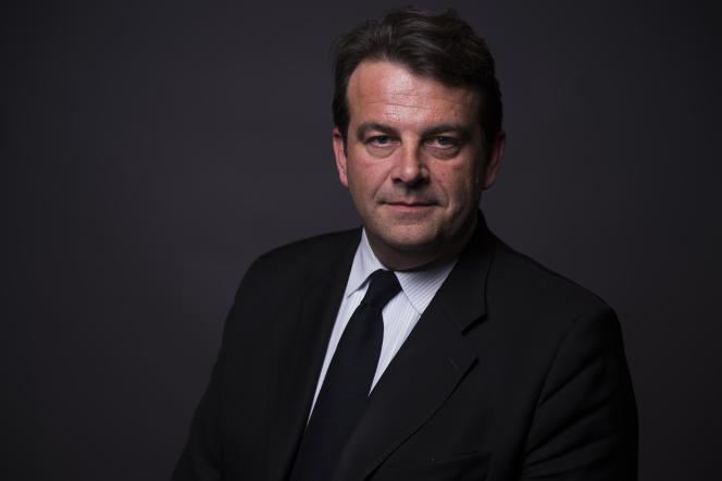 Thierry Solère, président du comité d'organisation de la primaire de la droite, à Paris, le 23 mars.