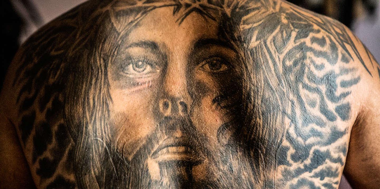 au liban, le tatouage religieux à la mode chez les chiites