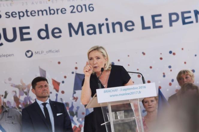 La présidente du Front national, Marine Le Pen, le 3 septembre à Brachay (Haute-Marne).