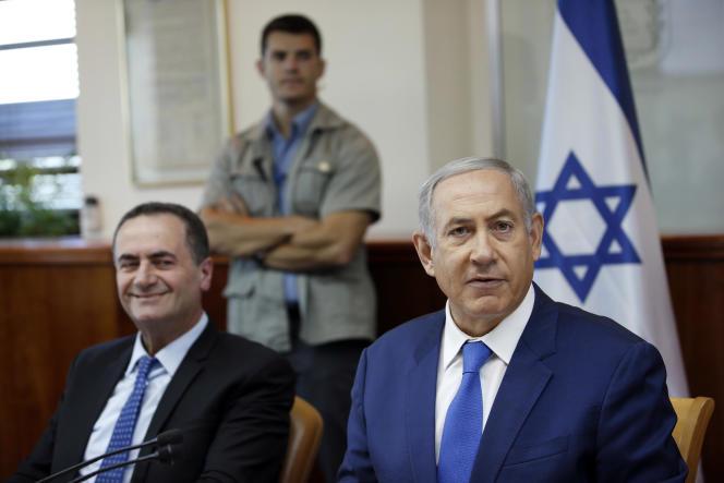Le premier ministre israélien, Benyamin Nétanyahou,avec son ministre des transports Israel Katz , le 4 septembre.
