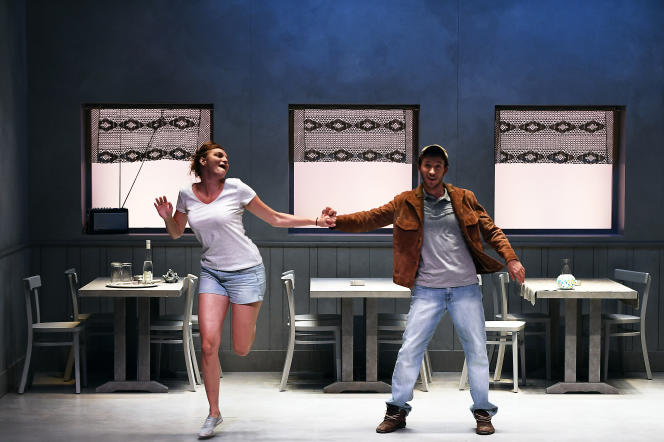 Manon Raffaelli et Maurin Olles répètent «Truckstop», d'Arnaud Meunier, le 11 juillet, auFestival d'Avignon.