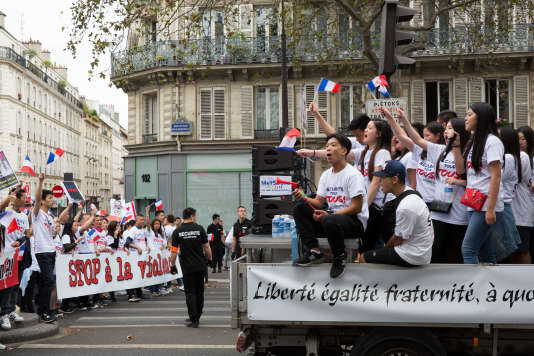 Des milliers de manifestants de la communauté chinoise ont défilé à Paris, le dimanche 4 septembre.