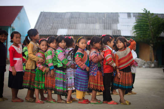 L'accès des filles à l'école doit rester une priorité, ici, à Lao Cai, au Vietnam, en septembre 2013.