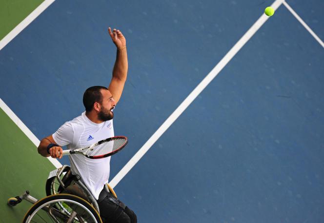 Le joueur de tennis en fauteuil roulant Michaël Jeremiasz, lors des Jeux paralympiques de 2008 à Pékin.
