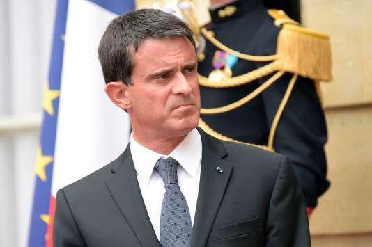 Le premier ministre, Manuel Valls, appelle la gauche à stopper« la machine à perdre».