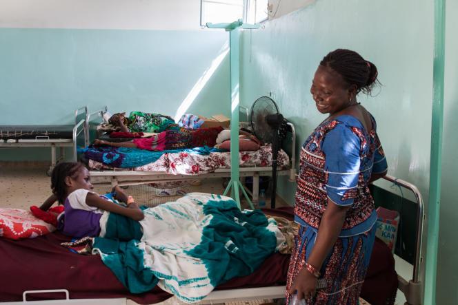 Micheline Youtoudjim, ambassadrice au Centre national du traitement des fistules à Ndjamena.