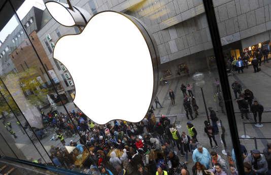 L'administration fiscale française aurait adressé à Apple une amende de 400millions d'euros.