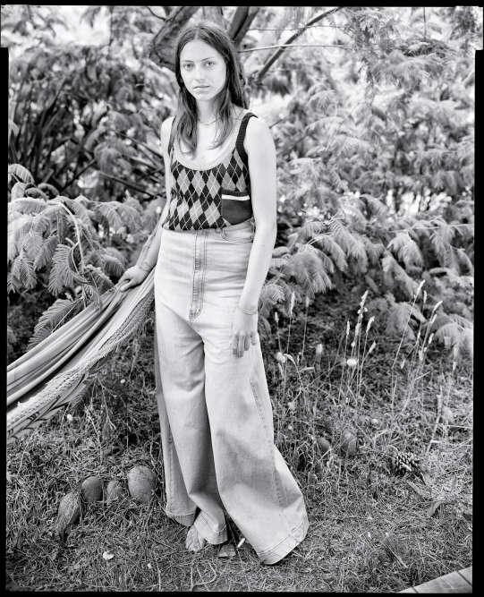 Top en laine. Miu Miu. Pantalon en coton. Cheap Monday.