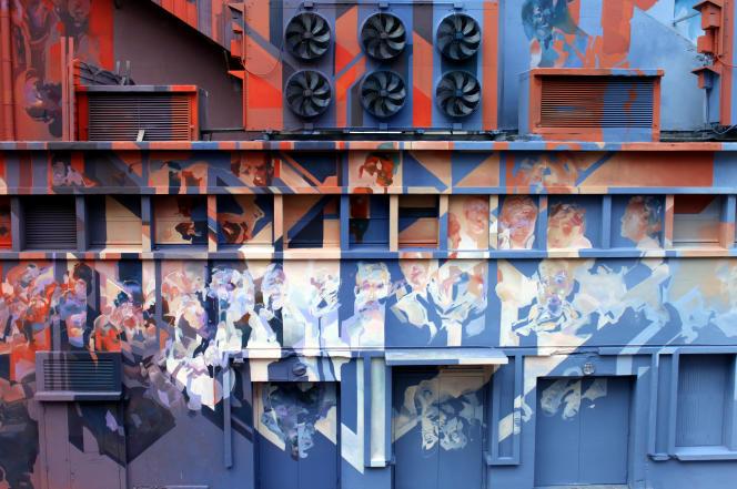 Détail de la fresque de Robert Proch sur le cinéma l'Omnia.