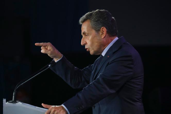 Nicolas Sarkozy, lors de son meeting à Poissy (Yvelines), mardi 6 septembre.