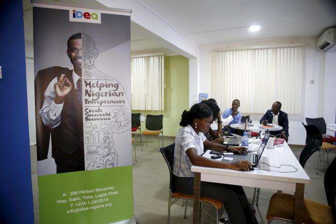 Sur la plate-forme de formation de développeurs informatiques iDEA, à Lagos en juin 2015.