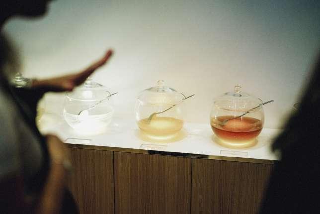 Dégustation de miels rares chez Alexandre Stern.