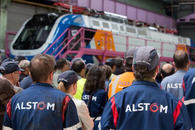 Dans l'usine Alstom de Belfort, où sont notamment produites des motrices de TGV, en mai 2015.