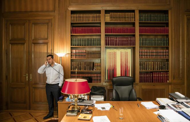 Le premier ministre grec, Alexis Tsipras organise, vendredi 9 septembre à Athènes, un sommet des pays d'Europe méditerranéenne, auquel doivent notamment participer le président français, François Hollande et le premier ministre italien, Matteo Renzi.