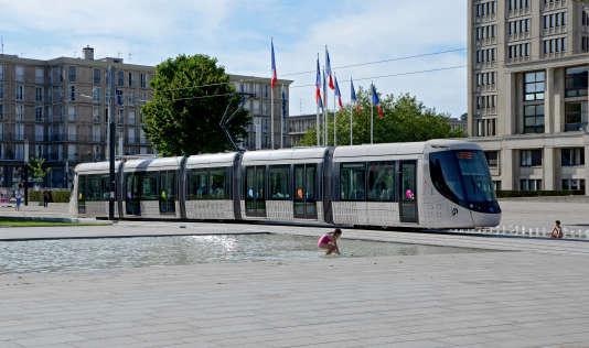 Tramway au Havre. « L'indice de positivité donne une vision à long terme», relèveSylvain Picard, directeur de la CTPO, société des transports en commun de la ville.