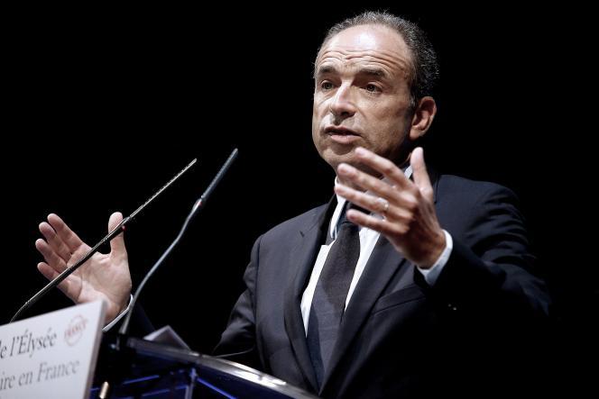 Jean-François Copé, candidat à la primaire des Républicains pour la présidentielle, aux