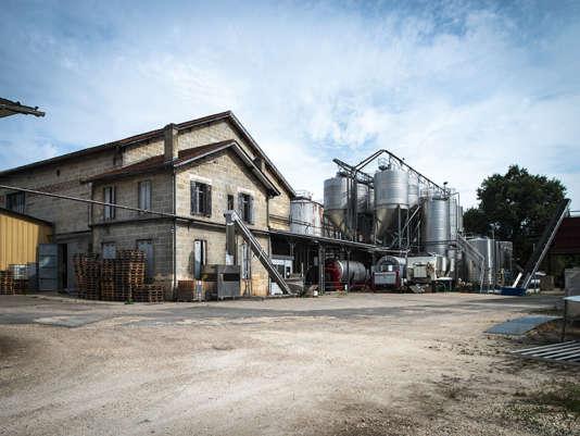 Les anciennes cuves del'Unionde producteurs Baron d'Espiet sont vouéesà la destruction.