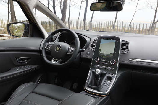 Renault nissan sallie à microsoft pour la voiture connectée