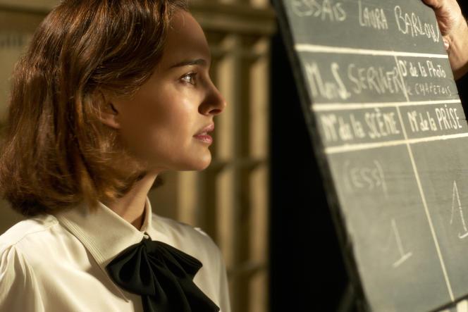 Natalie Portman incarne Laura Barlow, une jeune médium américaine, dans «Planetarium», de Rebecca Zlotowski.