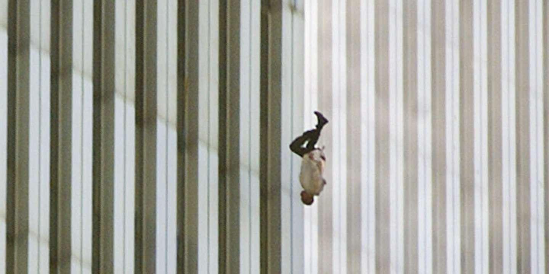 Le mystère et le magnétisme du « Falling Man », quinze ans après ...