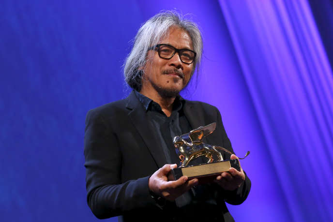 Le réalisateur philippin Lav Diaz, Lion d'or à Venise pour « The Woman Who Left »  en 2016.