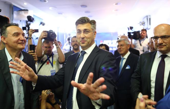 Andrej Plenkovic, le chef de file du parti conservateur HDZ, arrivé en tête des législatives anticipées du 11 septembre, selon les résultats provisoires.