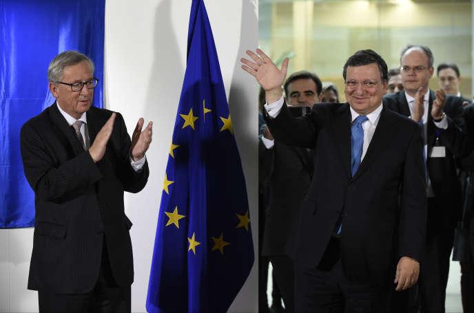 José Manuel Barroso, président sortant de la Commission européenne, quitte le siège de la Commission européenne sous les applaudissements de son successeur Jean-Claude Juncker, à Bruxelles, le 30 octobre 2014.