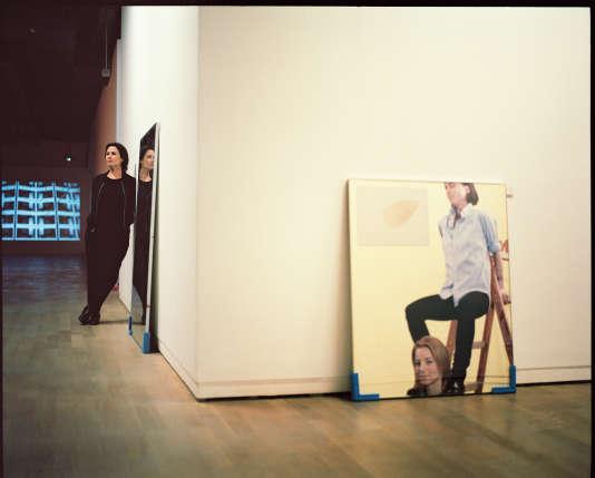L'artiste Isabelle Cornaro a étéinvitée à sélectionner les huit artistes du prix de la Fondation d'entreprise Ricard 2016. Parmi les œuvres choisies : «Sick Selflessness»(2012), tableau de Will Benedict, et «Re: Wind Blows up »(2010), vidéo de Julien Crépieux.