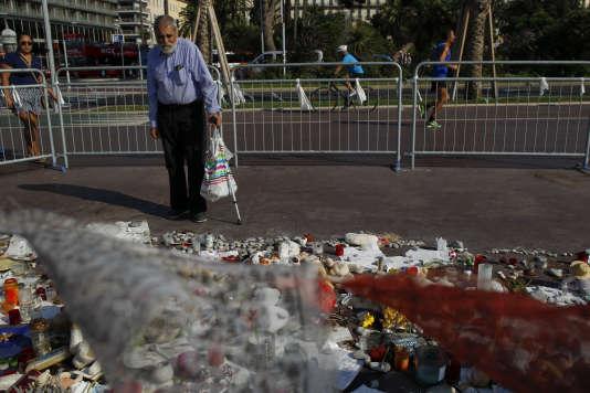 Nice, deux mois après les attentats, sur la promenade des Anglais, le 8 septembre.