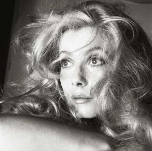 Catherine Deneuve, photographiée par Richard Avedon en 1968 à Los Angeles.