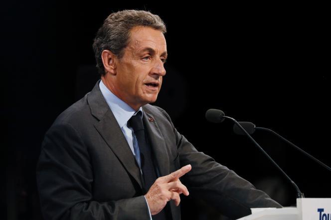 Nicolas Sarkozy, candidat à la primaire de la droite, en meeting à Provins (Seine-et-Marne), le 12 septembre.