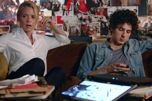 Virginie Efira et Vincent Lacoste dans le film français de Justine Triet, « Victoria ».