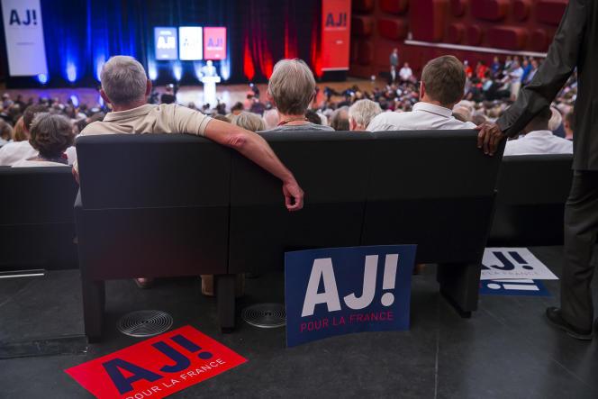 Alain Juppé, lors de son meeting de campagne à Strasbourg, a assumé une nouvelle fois le concept d'identité heureuse.