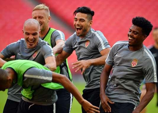 Les Monégasques lors de leur entraînement à Wembley, mardi.