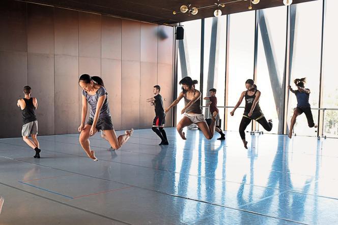 Les danseurs en répétition.