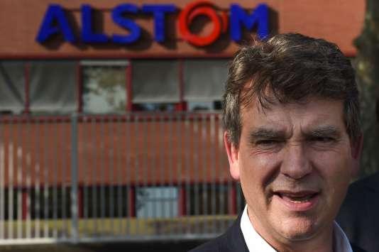 L'ancien ministre de l'économie, et candidat à la primaire à gauche, Arnaud Montebourg, le 14 septembre à Belfort, devant l'usine Alstom.