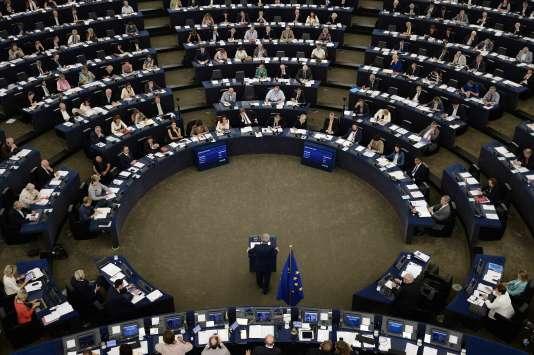 Le président de la Commission européenne, Jean-Claude Juncker, lors de son discours sur l'état de l'Union, devant le Parlement à Strasbourg, le 14 septembre 2016.