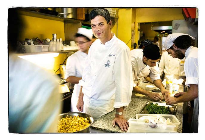 Pietro Leeman, le chef de Joia, à Milan, premier restaurant végétarien à avoir été étoilé.