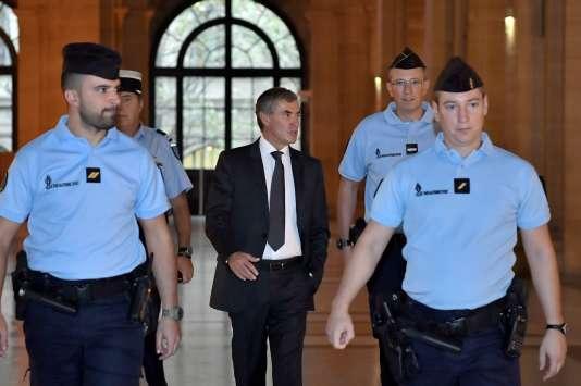 L'ancien ministre du budget Jérôme Cahuzac à son arrivée au tribunal jeudi 15 septembre.