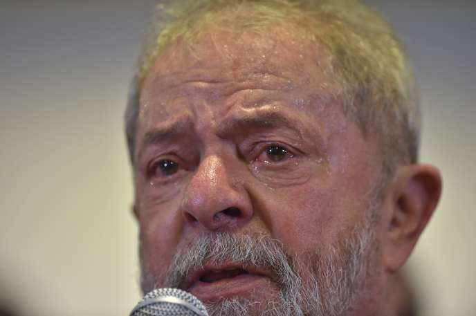 Face aux accusations, l'ancien président brésilien Luiz Inacio Lula da Silva a contre-attaqué, jeudi 15 septembre.